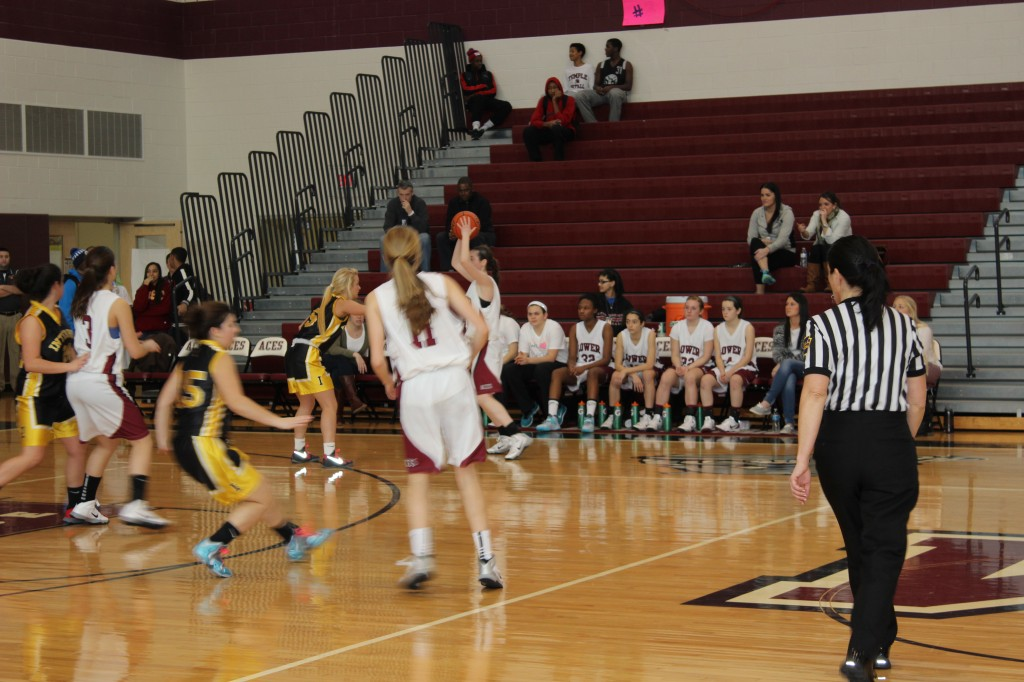 LM Girls Varsity Basketball Team