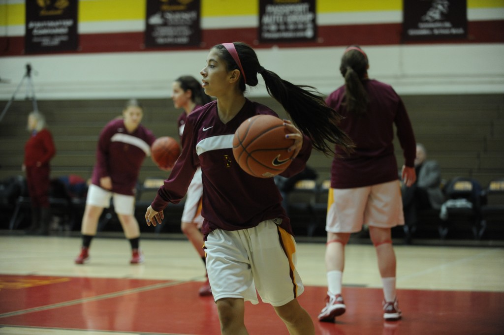 Ireton girls get a win, a loss in weekend hoops tourney