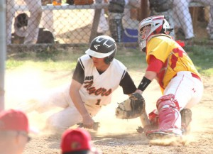Baseball: Marple Newtown bunts its way to easy win